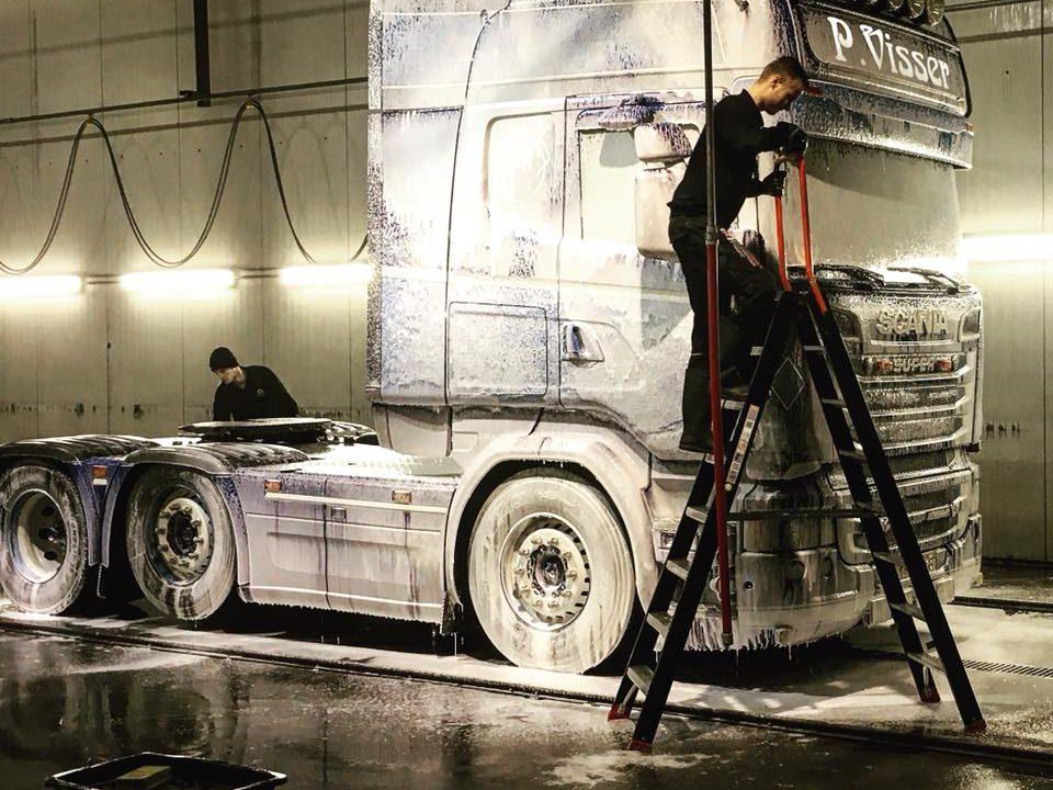 vrachtwagen wasstraat